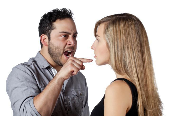 Dating εναντίον γκόμενος Dating για 13 χρόνια ιστοσελίδες dating