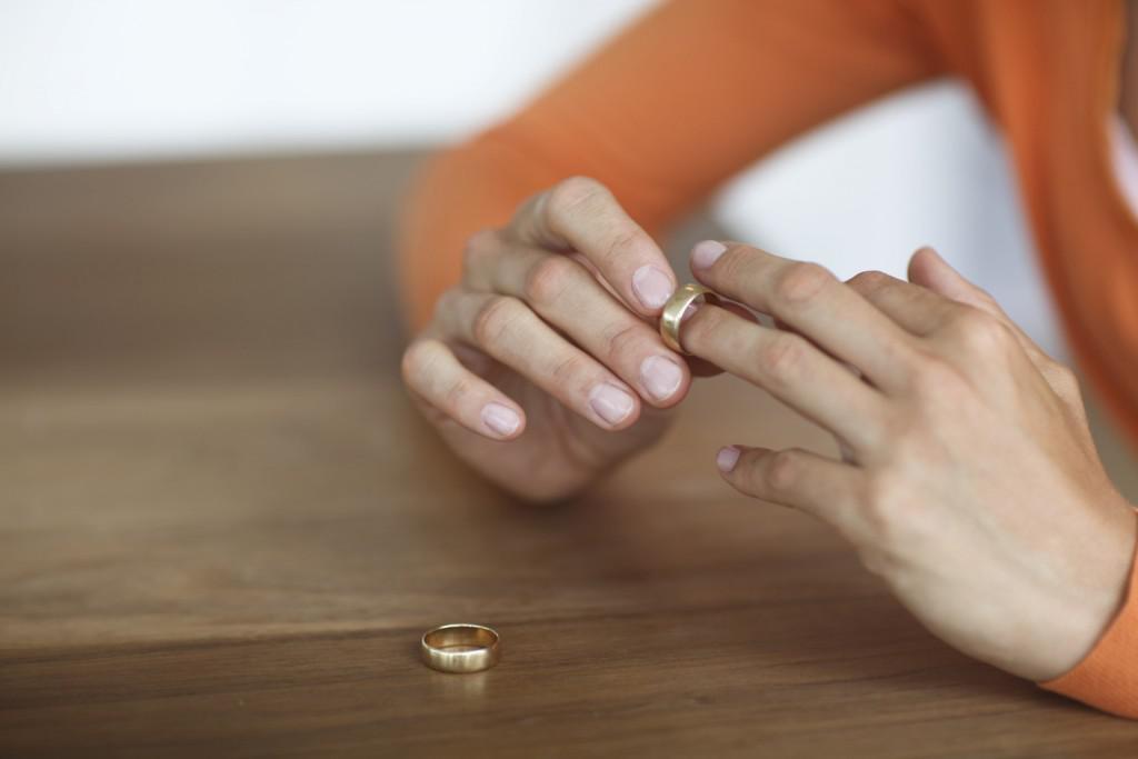 ιστοσελίδες γνωριμιών μόνο για επαγγελματίες Μεγάλες πρώτες ερωτήσεις για online dating