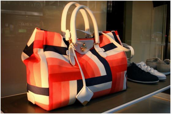 ed3f54a7c6e Τσάμπα τσάντα: Κομψές και οικονομικές γυναικείες τσάντες, μέχρι 20 ...